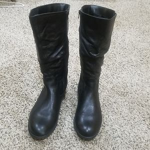 Like New! Black Leather Wide leg Boots